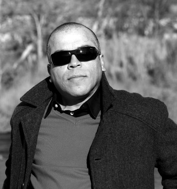Foto del escritor Víctor Vegas (fotografía de Luis de la Mata Sacristán)